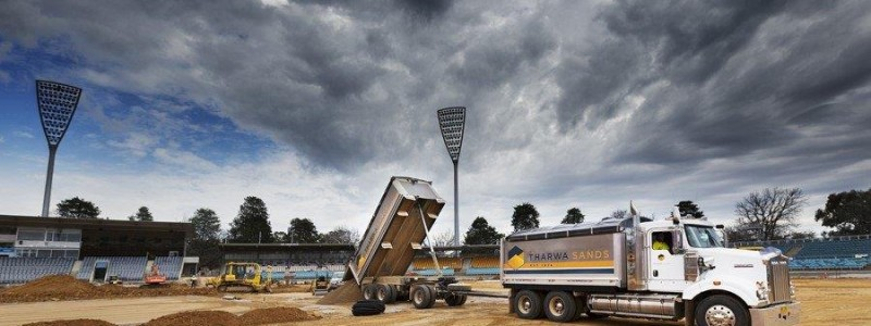 washed-river-sandManuka Oval 1