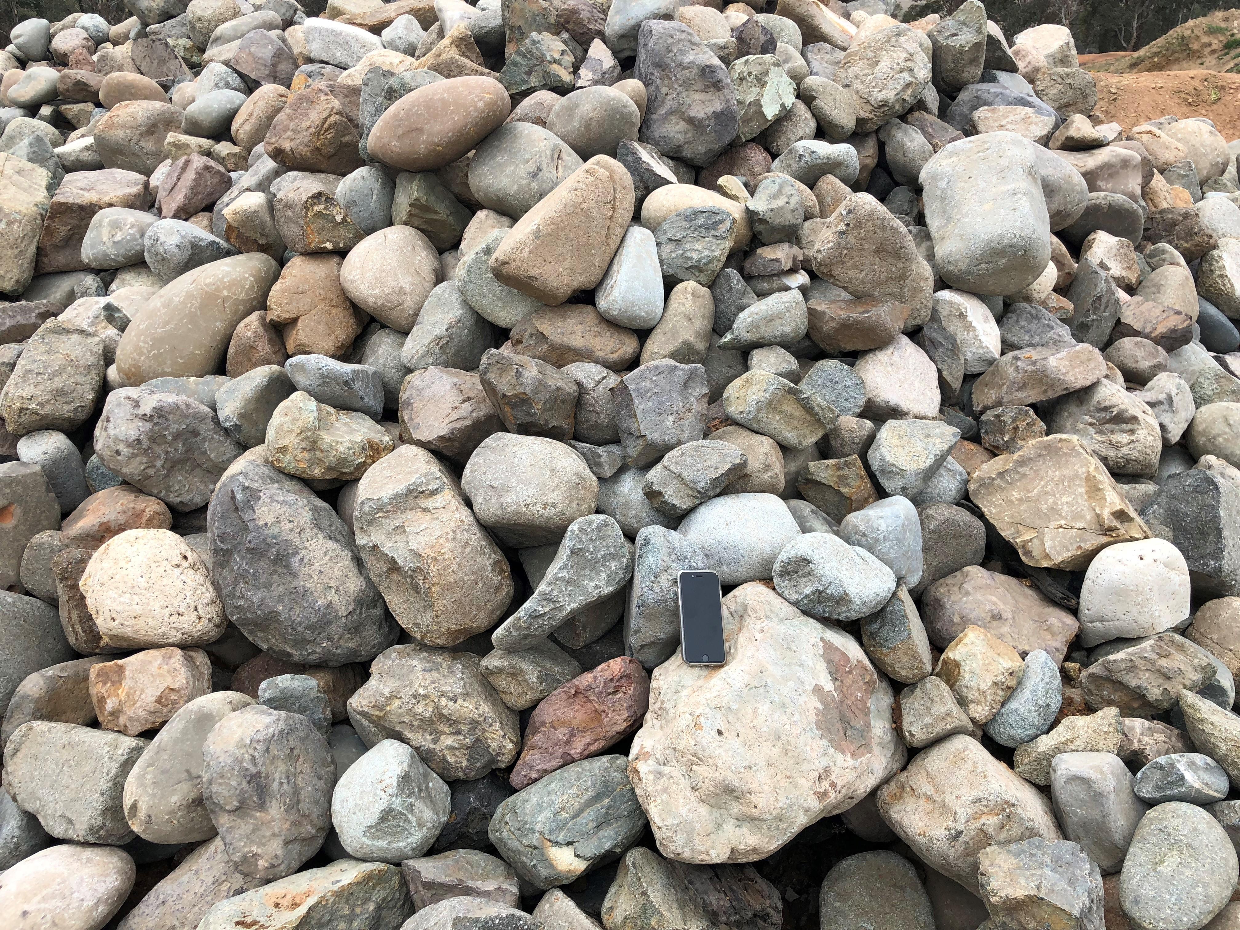 Tharwa Sands Ornamental River Stone #2